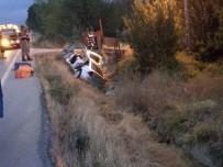 ŞENYURT - Otomobil Menfeze Çarptı Açıklaması 2 Ölü