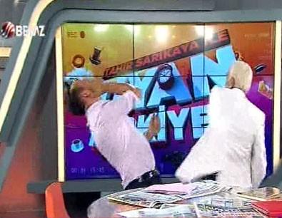 Beyaz TV sunucusu canlı yayında dayak yedi
