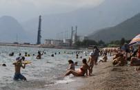 BOLAT - Antalya'da Yazdan Kalma Günler Yaşanıyor