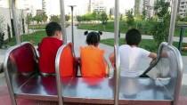 Diyarbakır'ın İlk 'Tema Park'ında Çocuklar Oyuna Doydu