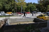 ISI YALITIMI - Erzincan Belediyesi İki Taksi Durağı İnşasına Başladı