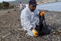 FUEL OIL - Foça'daki Denizin Temizlik Çalışmalarında Sona Yaklaşılıyor
