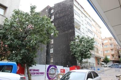 Güngören'de Bir Bina Yıkılma Riskine Karşı Boşaltıldı