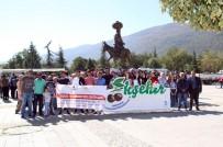 AKŞEHİR BELEDİYESİ - Üniversite Öğrencilerine Akşehir Tanıtım Gezisi