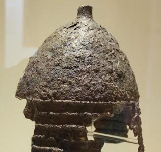 2 bin 800 yıllık savaşçı miğferine paha biçilemiyor