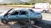 GÖÇERI - Adıyaman'da Otomobil Devrildi Açıklaması 6 Yaralı
