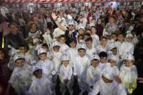 DANS GÖSTERİSİ - Bayraklı'daki Sünnet Şöleninde 70 Çocuk Erkekliğe Adım Attı
