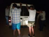 GÖÇMEN KAÇAKÇILIĞI - Datça'da 23 Kaçak Ve 4 Organizatör Yakalandı