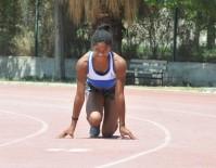 ESKİ FUTBOLCU - Kamerunlu Song'un Yeğeni 'İzmirli Zehra' Atletizmde Fırtına Gibi