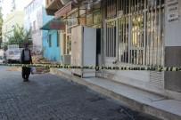 POLİS KARAKOLU - Kardeşler Arasında Silahlı Kavga Açıklaması 1 Ölü, 1 Yaralı