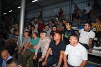 HÜSEYİN ÜZÜLMEZ - Köseköy Atesşspor Kupayı Kaldırdı