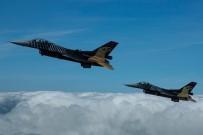 SALDIRI HAZIRLIĞI - Kuzey Irak'a Hava Harekatı Açıklaması 3 Terörist Etkisiz Hale Getirildi