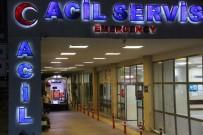 HİPERTANSİYON - Şanlıurfa'da 112 Acil Servis Görevlisi Hasta Yakını Tarafından Bıçaklandı