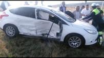 Sarıkamış'ta Trafik Kazası Açıklaması 2 Yaralı
