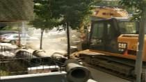 DOĞALGAZ BORUSU - Şişli'de Altyapı Çalışmaları Sırasında Doğalgaz Borusu Patladı