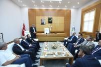 TUGAY KOMUTANI - Adalet Bakanı Gül, Sakarya Büyükşehir Belediyesini Ziyaret Etti