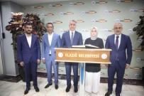 AK Partili Usta, 'ELBÜS'ler Kendi Gücümüzü Görmemizi Sağlayan Önemli Bir Çalışma'