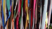 KAPALI ÇARŞI - Ayakkabı Bağcıkları El Bileklerini Süslüyor