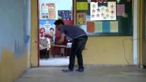 Fedakar Öğretmenler 'Pırıl Pırıl Okul' İçin Mesaide