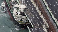 YAKIT TANKERİ - Japonya'daki Jebi Tayfunu'nda Bilanço Ağır Açıklaması 11 Ölü, 300 Yaralı