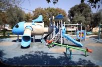 Karaman Mahallesi'nde Parklar Yenileniyor