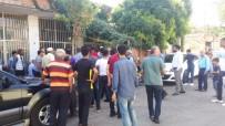 KıRAATHANE - Kıraathanede Kavga Açıklaması 1 Yaralı