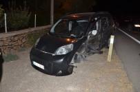 Otomobil İle Hafif Ticari Araç Çarpıştı Açıklaması 2 Yaralı