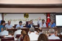 SORU ÖNERGESİ - Yunuesmre Belediye Meclisi Toplandı