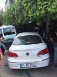 YıLDıRıM BEYAZıT - Ataşehir'de Hamile Sürücü Kahvehaneye Daldı Açıklaması 2 Yaralı