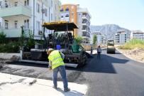 KONYAALTI BELEDİYESİ - Boğaçayı Caddesi'ne Bağlantı Yolda Sıcak Asfalt