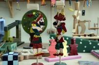 AHŞAP OYUNCAK - Çocukları İçin Organik Oyuncak Üretiyorlar
