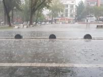 Dolu Ve Sağanak Yağış Maddi Hasara Yol Açtı