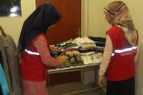 Elbistan Gençlik Merkezi'nden 'Askıda Kıyafet' Kampanyası