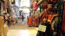 Esnaf Gelenek Ve Görenekleri 'Yanık Çarşı'da Yaşatıyor