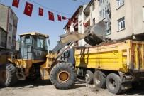 ARTVİN ŞAVŞAT - Malazgirt'te Üst Yapı Çalışmaları Tüm Hızıyla Devam Ediyor