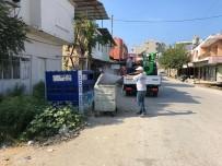Samandağ'da Çöp Konteynerleri Dezenfekte Ediliyor