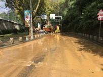 SARIYER ÇAYIRBAŞI - Sarıyer Çayırbaşı Tüneli Aşırı Yağış Nedeniyle Kapatıldı