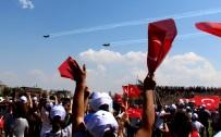 TAHSIN KURTBEYOĞLU - Söke'de Solotürk Heyecanı Yaşandı