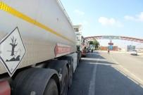 ZEYTIN DALı - Suriye'ye Tankerlerle Akaryakıt Gönderildi
