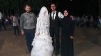GARIBAN - Suriyeli Çifti Mahalleli Evlendirdi