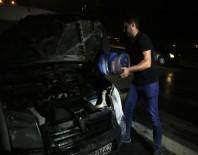 KOPUZ - Yanan Aracı Damacana Su İle Söndürdüler