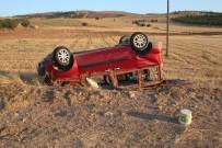 Araç Tarlaya Uçup Ters Döndü Açıklaması 3 Yaralı