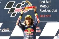 RED BULL - Can Öncü şampiyonluk için piste çıkıyor