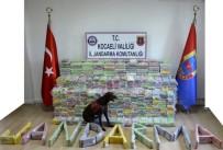YAYIN YASAĞI - Cumhuriyet Tarihinde Bir İlk; 800 Kilogram Kokain Ele Geçirildi