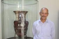 Dünyada Düz Yüzey Üzerine Kabartma Tekniğiyle Yapılmış İlk Eser Açıklaması 'İnandık Vazosu'