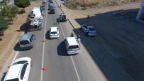 AŞIRI HIZ - Hatalı Sürücüleri Drone Yakaladı Polis Ceza Yazdı