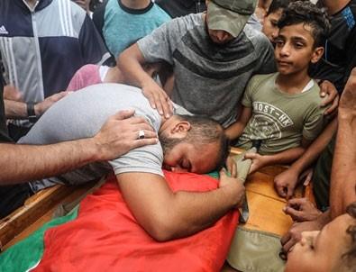 İşgalci İsrail barışçıl göstericilere ateş açtı: Bir Filistinli şehit oldu