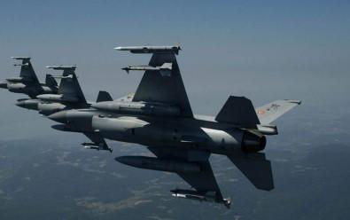 Kuzey Irak'a Hava Harekatı Açıklaması 4 Terörist Öldürüldü