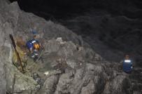 Sevgilisinden Ayrılan Genç, Çıktığı Kayalıklarda Teselliyi AFAD Ekiplerinde Buldu