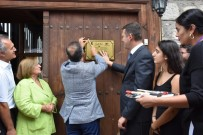 KEMAL ÇEBER - Tarihi 197 Yıllık Eve 'En İyi Restore Edilen Ev' Plaketi Çakıldı